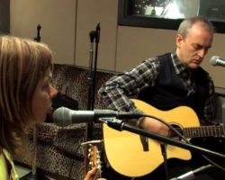 VIDEO: The Vaselines – Jesus Wants Me For A Sunbeam (Live on KEXP)
