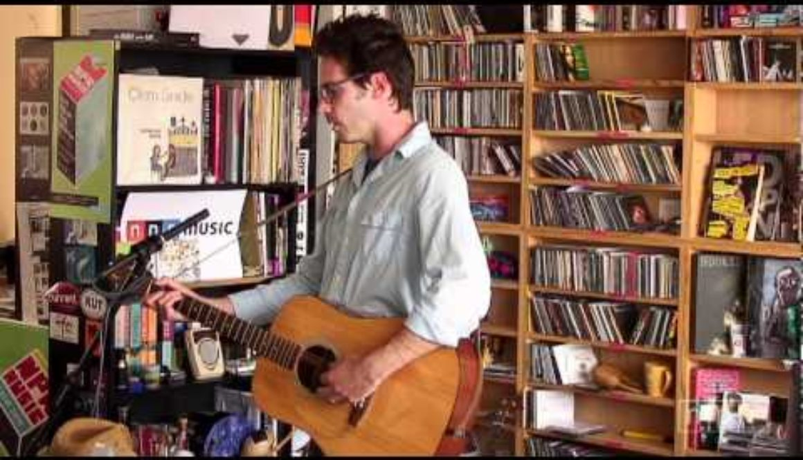 VIDEO: Eef Barzelay of Clem Snide: NPR Music Tiny Desk